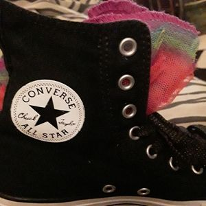 Girl's Chuck Taylor Converse, Sz.3